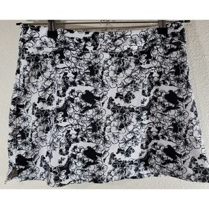 Tranquility Black White Floral Skort Small